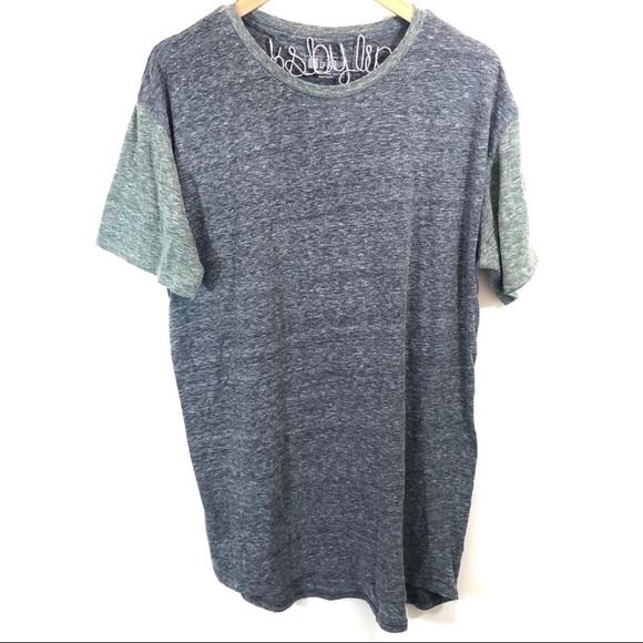 LuLaRoe Other - Lularoe Gray Patrick T-shirt L